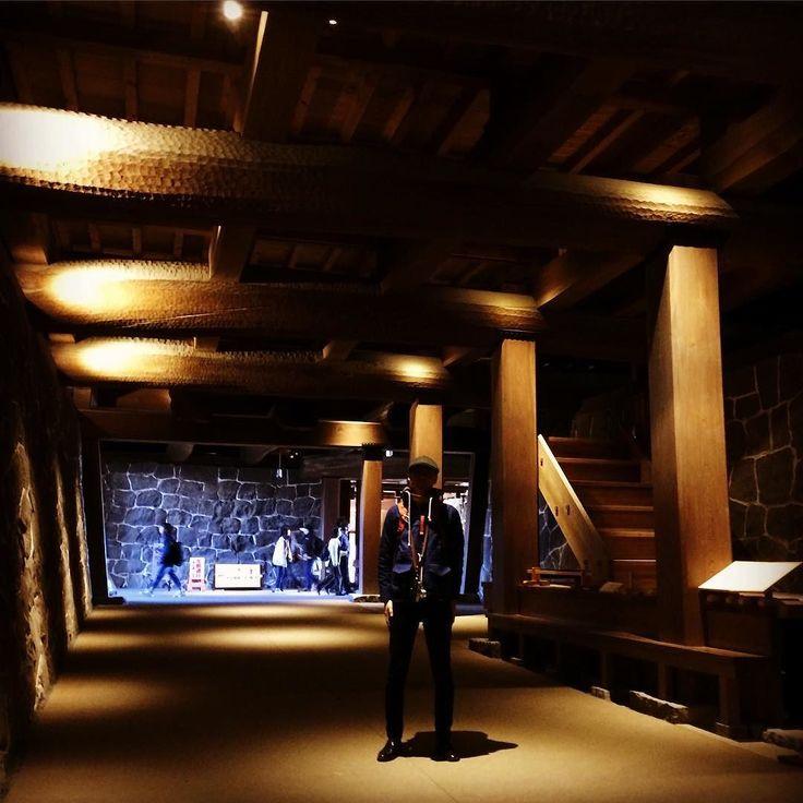 熊本城の思い出本丸御殿の地下にある闇り通路くらがりつうろ本丸の地下玄関とも言えるトンネルがある城郭構造は何とも珍しい…