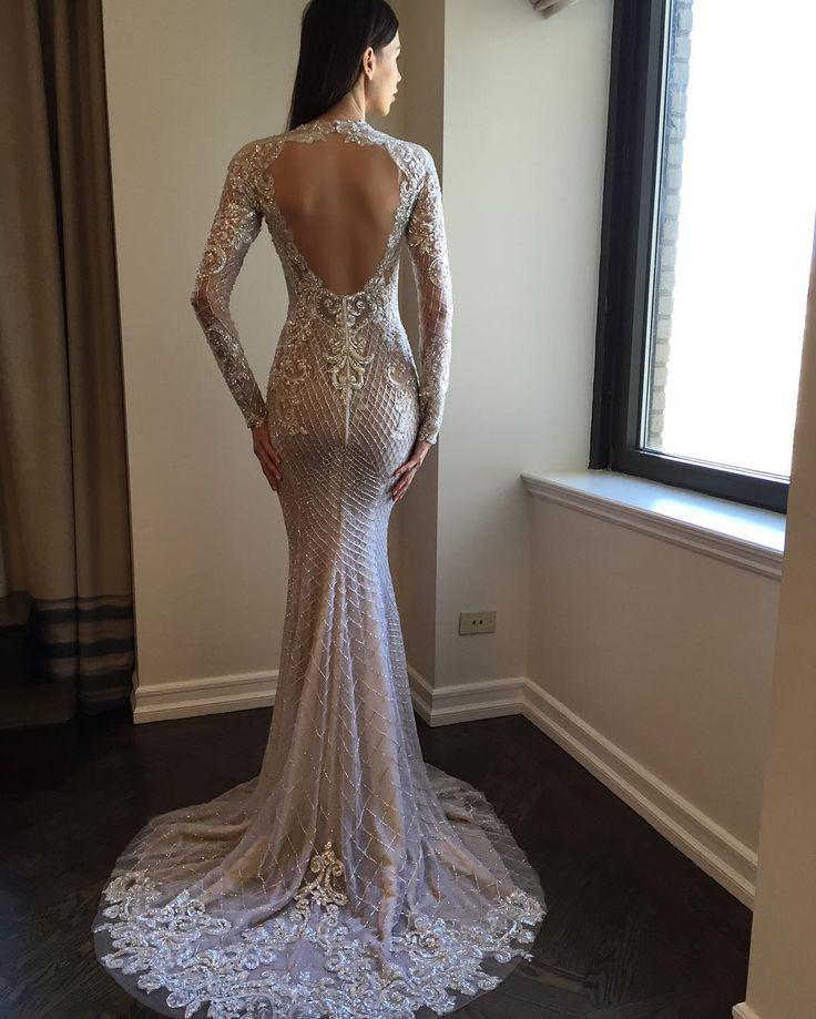 Trending New York Bridal Fashion Week Show fall new collection wedding dress designer bridal gown catwalk