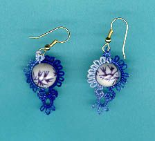 Blue and white earrings tatted pattern