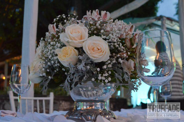 10206 also Cnnee Pkg Alis Fragancias Perfumista Rodrigo Flores furthermore 8937 additionally Mrstudio furthermore 10206. on oscar flores design studios