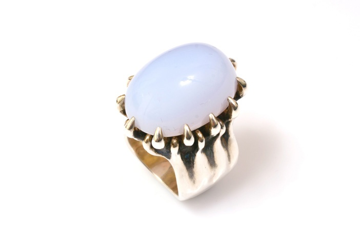 Love and Hatred chalcedony Crown of Birds Ring