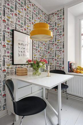 Post: Si, al papel de pared pintado en la cocina --> blog decoración nórdica, cocinas blancas, cocinas modernas pequeñas, decoración cocinas, estilo nórdico, papel de pared para cocinas, papel de pared pintado, revestimientos cocinas #decoraciondecocinasblancas