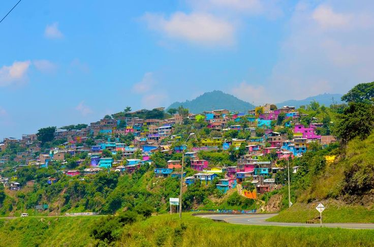Proyecto Terrón Coloreado #travel #cali #colombia #learnspanish #gringolingo