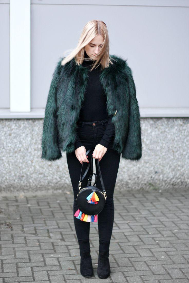 Jessicar Wunderbar // fake fur jacke how to wear felljacke winter modeblog fashion blog