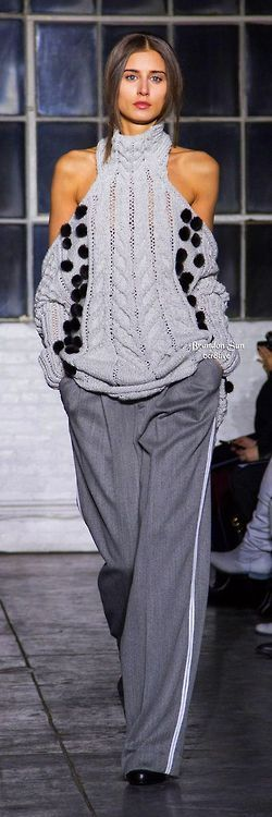 Brandon Sun Fall 2014 RTW - back to the gray's -- too bad I couldn't pull this off. I'd look like a complete & utter hobo !!