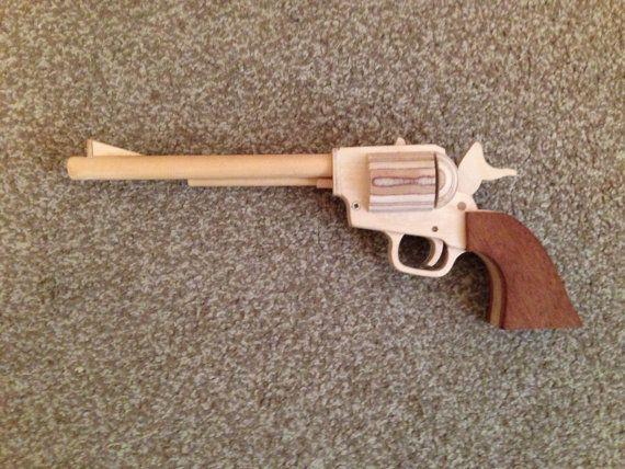 SAA-Gummiband-Pistole von MonkeyshineBySimon auf Etsy