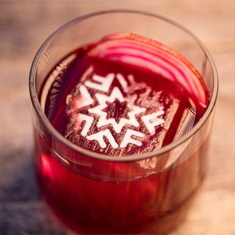 Gör en lyxig drink utan alkohol.