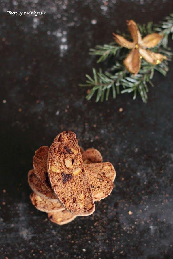 Biscotti z gorzką czekoladą i kandyzowaną skórką pomarańczową #gryz