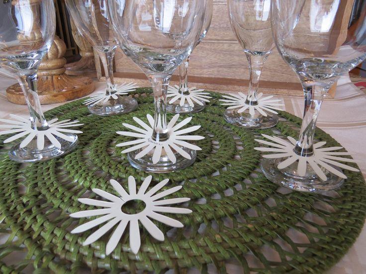 Marqueurs à verre de vin, étiquettes à verre de vin, décoration table mariage «Marguerite ivoire» (25) de la boutique Lamainalacarte sur Etsy