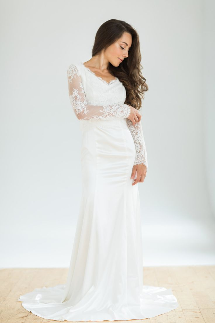 438 best images about Long Sleeved Wedding Dresses on Pinterest ...