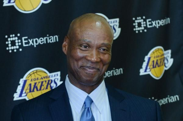 awesome Los Angeles Lakers fire coach Byron Scott