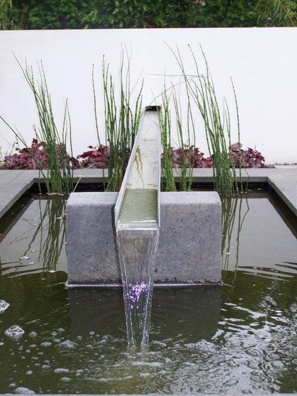 Water ornament moderne vijver