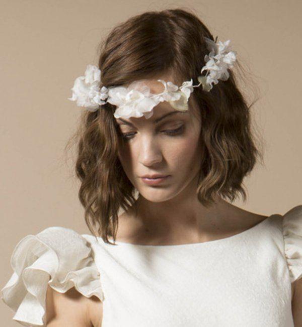 coiffure carre romantique