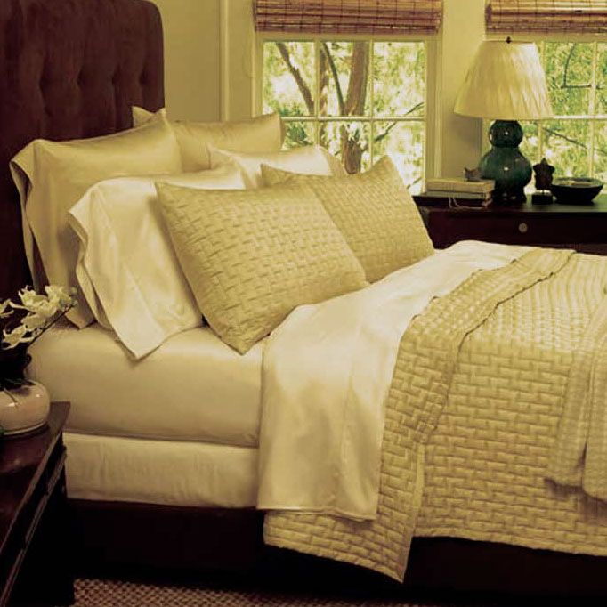 Bamboo Pillowcases: King $59.951amazing ralph lauren sheet sets on sale through 1/14/14 at horchow.com