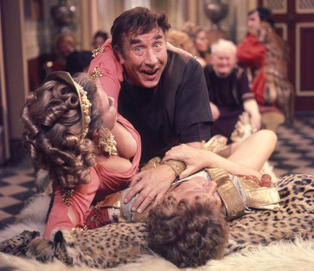 Frankie Howerd in 'Up Pompeii'