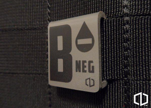B-NEGATIVE - MOLLE CLIP