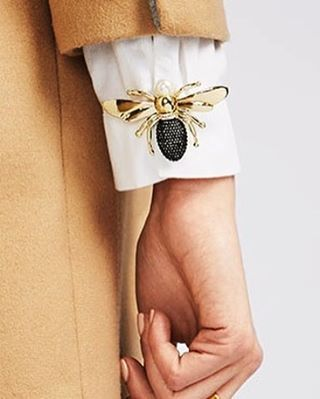 Pins on cuffs of crisp white shirts?!? Genius, @baublebar! I'm off to change outfits now!