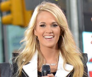 Carrie Underwood is a famous American country singer. Read the biography below to learn all about her childhood, career, personal life and timeline.