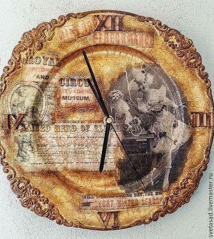 "Часы для дома ручной работы. Ярмарка Мастеров - ручная работа. Купить часы настенные "" Старый цирк 2"". Handmade."