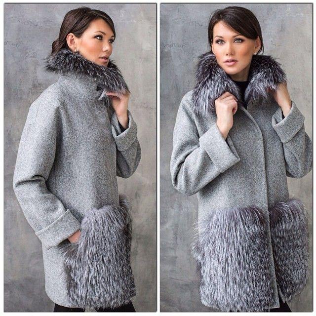Утепленное пальто, декорированное мехом чернобурки. Доступно к заказу!!!