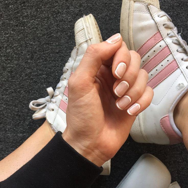 Madeline Poole nail art | Sally Hansen Canada