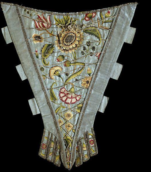 1730-1750 Stomacher, V&A