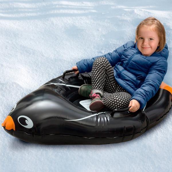 Der #aufblasbare 🐧Pinguin-  Boogie-Schlitten  ein Must-Have! Die #Kinderaugen strahlen! #Lachen ist garantiert mit dieser lustigen  Snow Tube aus PVC. Es hat zwei PVC-Griffe. Empfohlenes Alter: 5+ Jahre. Ca. Maße: 105 x 23.05 x 65 cm.