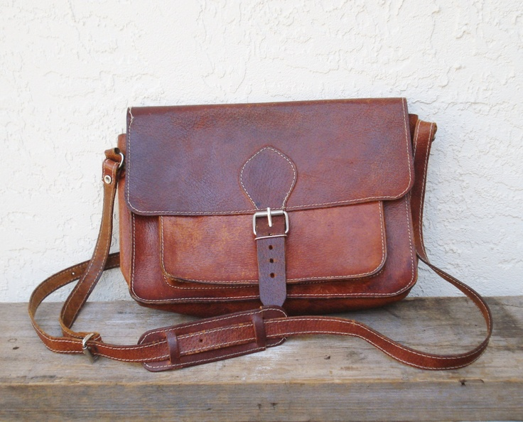 Vintage Leather Messenger Bag / Unisex by AlegriaCollection