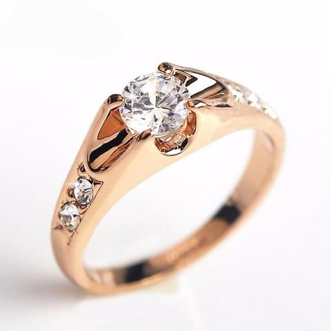 Stunning CZ Crystal Ring **Available in Rose Gold or Silver Plate**