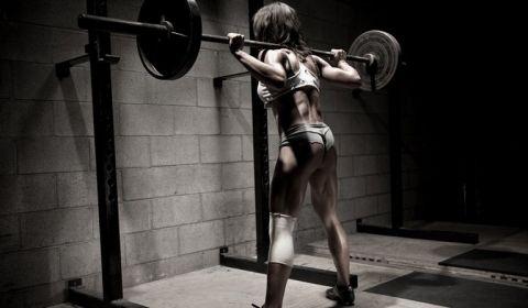 Ako cvičenie ovplyvňuje ženské telo inak, než mužské