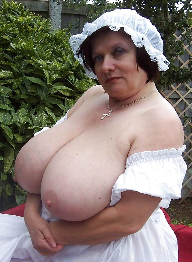 mature big tit porn pictures Mature Saggy Tits - free big tits porn pics sorted by categories: big tit milfs, big  saggy tits, mature big tits, big old tits and more.