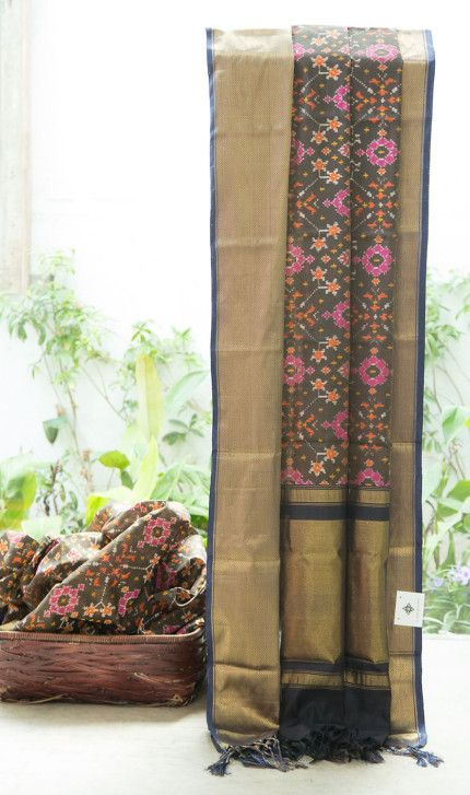 Kanchivaram Ikkat Silk L03499   Lakshmi
