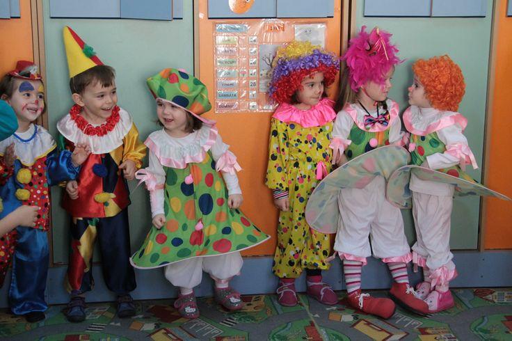 Grădinița cu Program Prelungit Nikolaus Lenau din Timișoara, cu predare a limbii germane ca limbă maternă își desfășoară activitatea în două locații