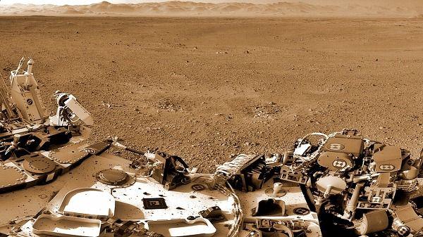 화성으로 간 로보트. 큐리오시티 착륙후 사진