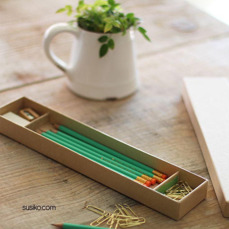 Caja de lápices personalizados con el nombre o la frase que quieras