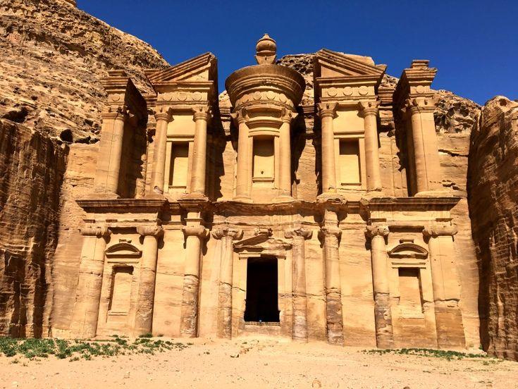 Das berühmte Kloster in Petra, Jordanien