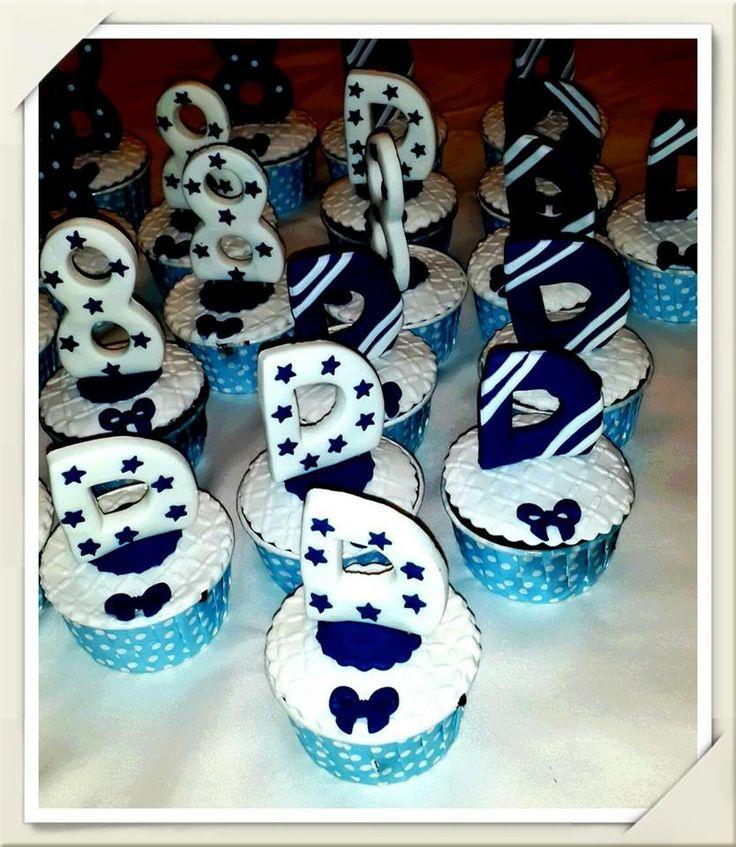 Doruk un 8 yaş doğum günü cupcakeleri..