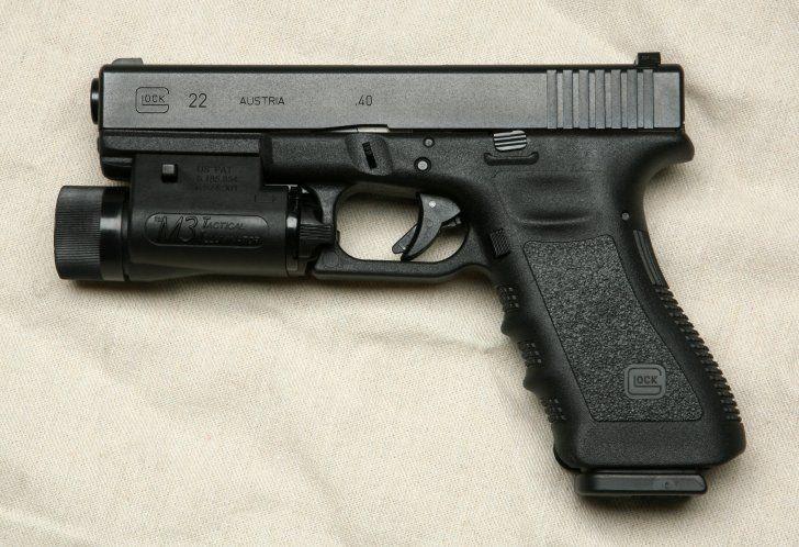 Glock 22 flashlight attachment