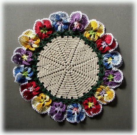How to crochet a beautiful and colorful mandala diy crafts tutorial - 237 Best Images About Sousplats Placemats On Pinterest