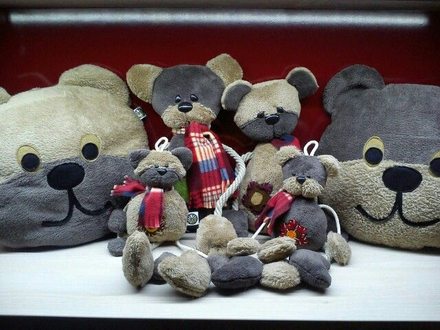 Cute bears in my mom's shop!!!