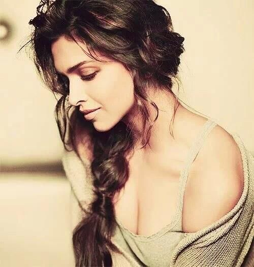 So beautiful Deepika And I love You so much Deepika  pic.twitter.com/dXjqrZejac
