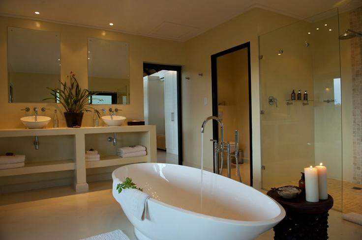 Bathroom at River Lodge | Lion Sands Game Reserve www.lionsands.com
