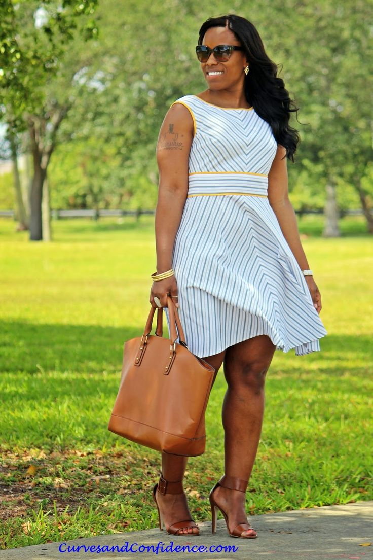 Curves and Confidence | Inspiring Curvy Women One Outfit At A Time: Spring Seersucker