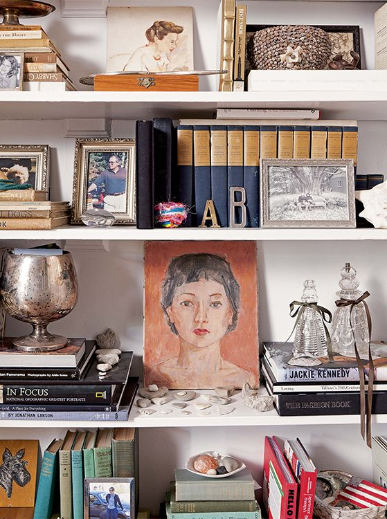Nate Berkus and his team share their best advice on how to style bookshelves! #NateBerkus