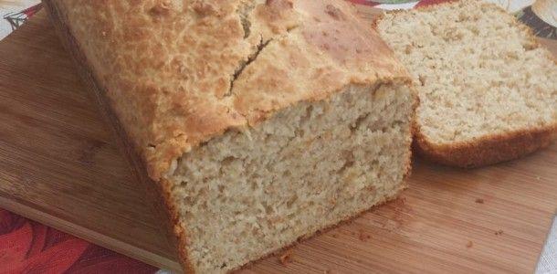Pão integral de liquidificador INGREDIENTES: 2 xícaras de farinha de trigo branca 2 xícaras de farinha de trigo integral 1 xícara de aveia 2 ovos 2 colheres (sopa) de açúcar 1 colher (sobremesa) rasa de sal 1/2 xícara de óleo 2 xícaras de leite morno 1 envelope de fermento…