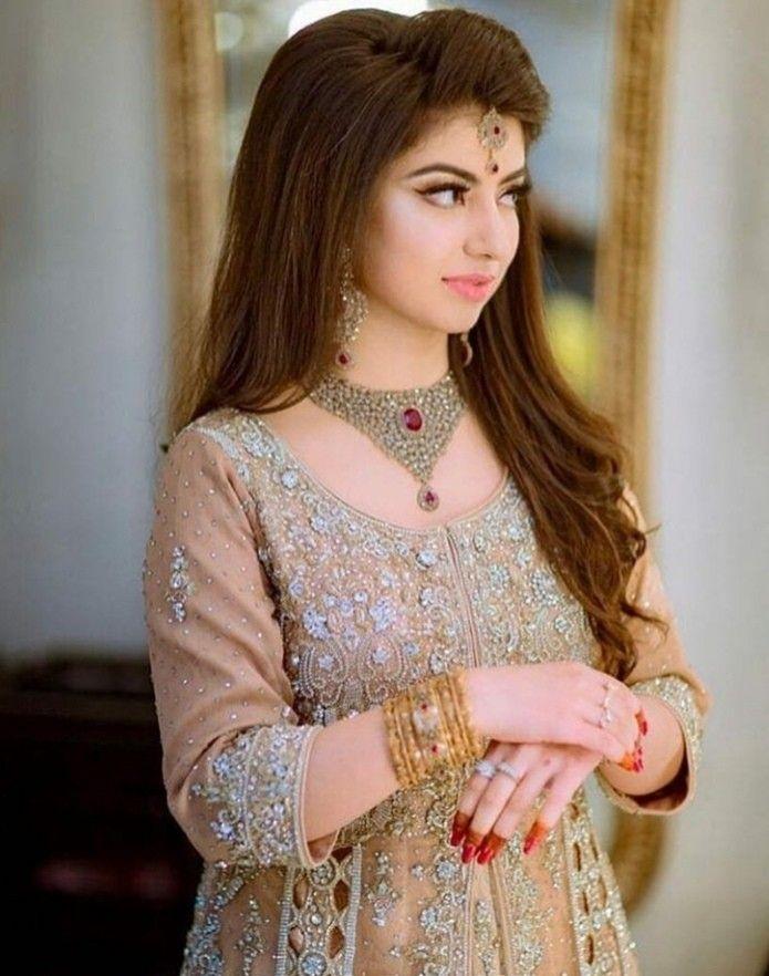 Bride S Sister Dress Beautiful Dresses For Women Pakistani Bridal Dresses Bridal Mehndi Dresses