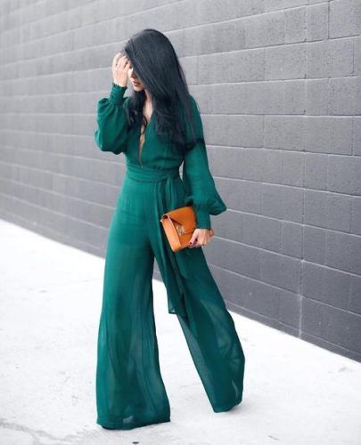 green palazzo pants- What to wear with palazzo pants http://www.justtrendygirls.com/what-to-wear-with-palazzo-pants/