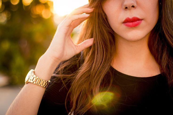 Zegarki damskie odznaczają się subtelnym wdziękiem, idealnie podkreślającym kobiecość. ⌚⌚ W modelach można odnaleźć inspiracje aktualnymi trendami oraz nawiązania do klasyki. Wśród produktów znajdują się propozycje w stylu glamour, retro, jak i utrzymane w nowoczesnym designie Zapraszamy do skorzystania z naszej oferty!! ✂ ✂ ✂ 🔝 🔝 🔝