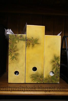 Crafty Crafty Book: Boxes for documents with olive pattern