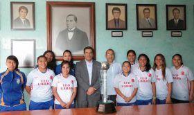 Ganan alumnas de LED UABJO Campeonato Nacional Universitario de Futbol Rápido